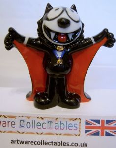 Wade Whimsie - Felix Dracula with Red Cloak